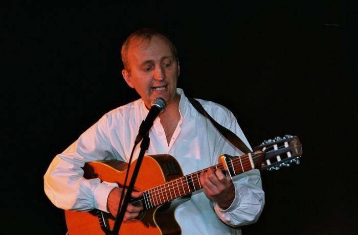 Francis Debieuvre sur scène 3